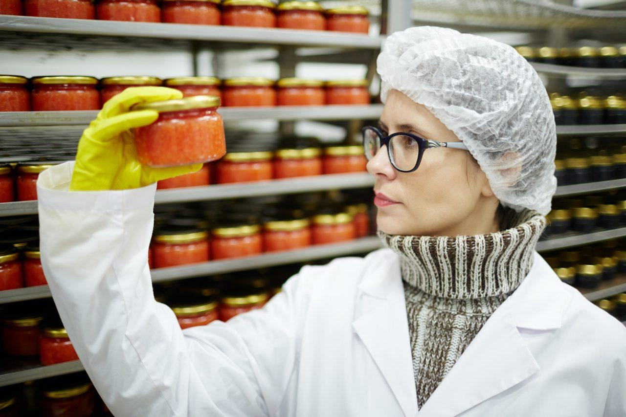 Caviar expert